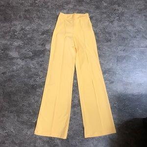 FASHION NOVA Victoria High-Waisted Pants - XS